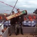Francesco Bellina (Arci Porco Rosso) e Ikmez al Newroz di Urfa.